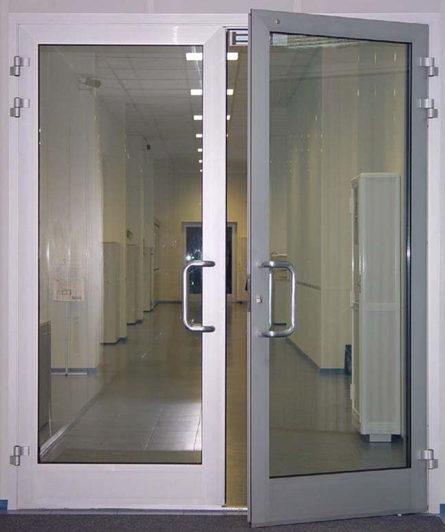 A equipa da CASA VIVA pode ajudá-lo na escolha dos sistemas e materiais de portas mais adequados para o seu espaço e ao melhor preço