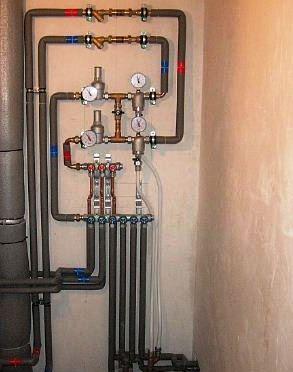 As tubagens metálicas continuam a ter grande utilização nos sistemas de distribuição de água quente e fria. Os metais mais utilizados no fabrico destas tubagens são o aço galvanizado, o cobre e o aço inox.