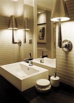 Na casa de banho o conhecimento técnico e o conhecimento estético devem ter um papel fundamental para a sua concepção.