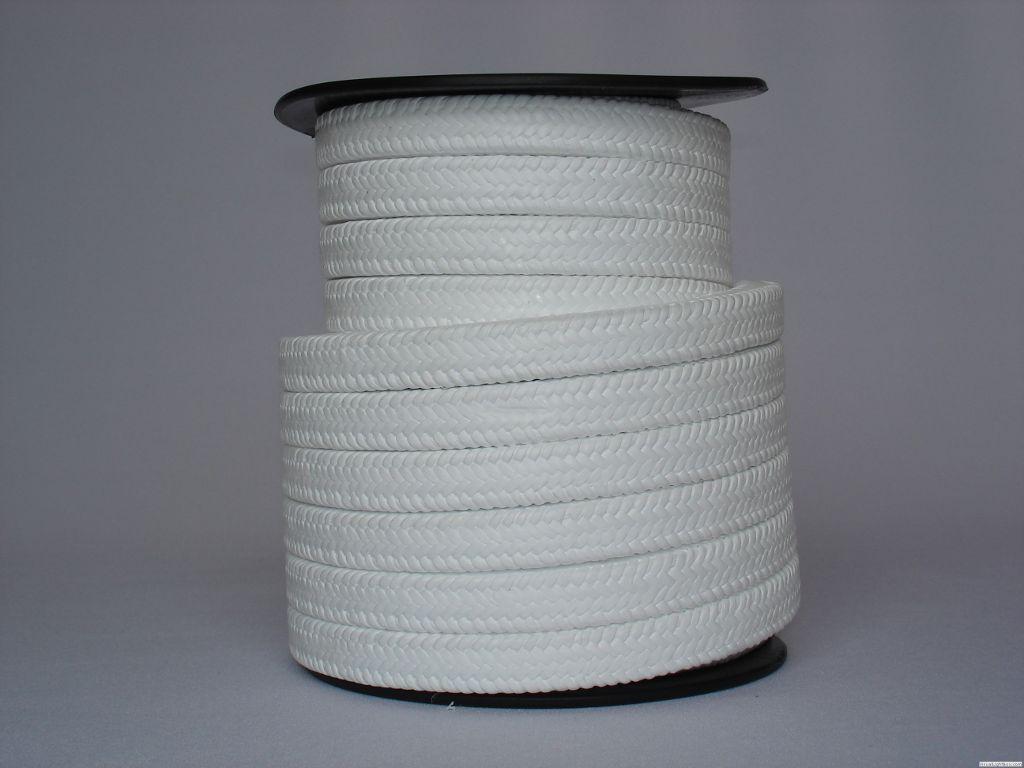 A gaxeta teflonada tem as características de resistência ao desgaste e boa resistência química.