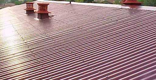 Apesar dos efeitos negativos a nível da saúde dos utentes, este material ainda existe em muitas das nossas construções, especialmente na impermeabilização de coberturas.