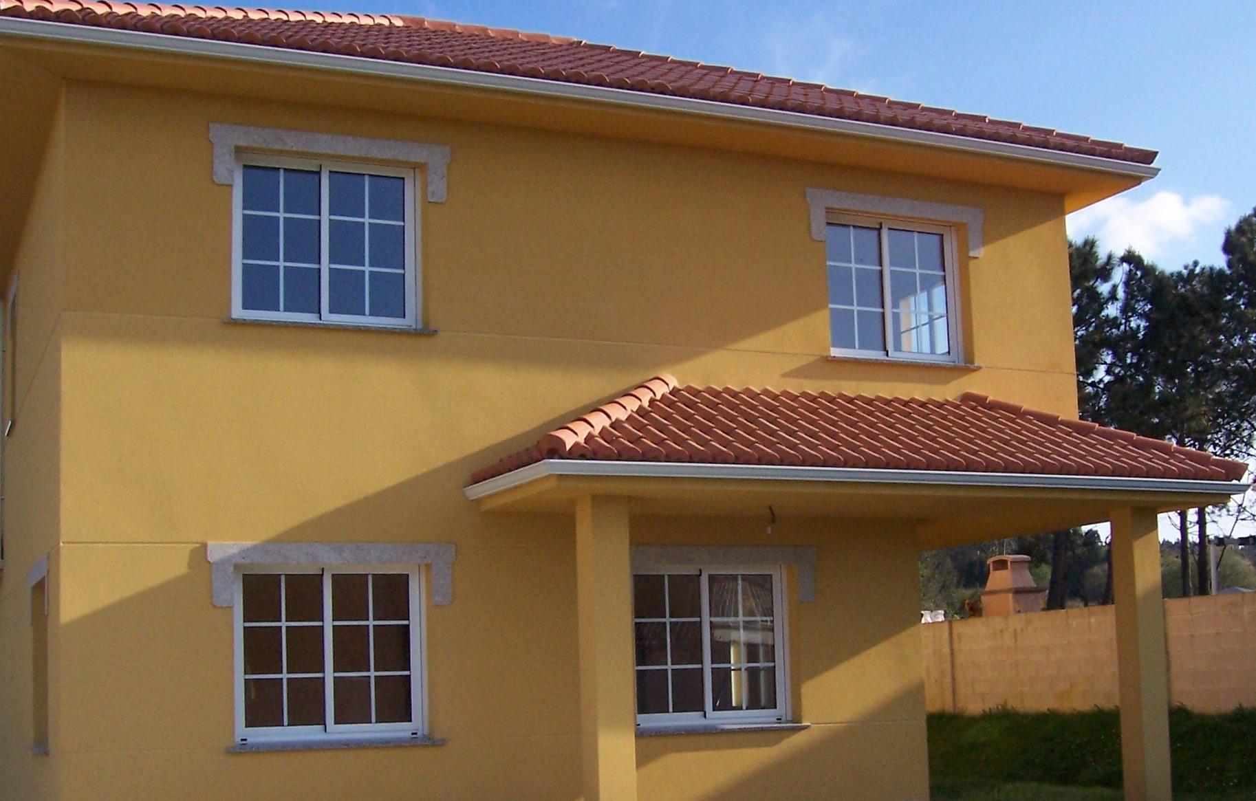 Um bom estado de conservação da pintura das fachadas permite uma economia considerável nos custos de manutenção de edifícios.