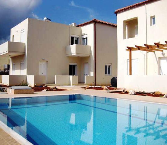 Todo o processo construtivo de uma piscina deve ser realizado com os cuidados máximos para evitar anomalias mais tarde durante a fase de utilização.