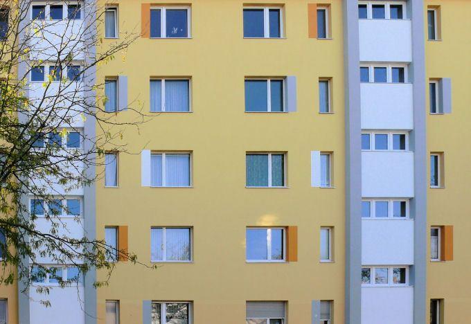 A intervenção na reabilitação de fachadas requer materiais com natureza específica de forma a garantir a compatibilidade mecânica entre os elementos novos e os elementos antigos.