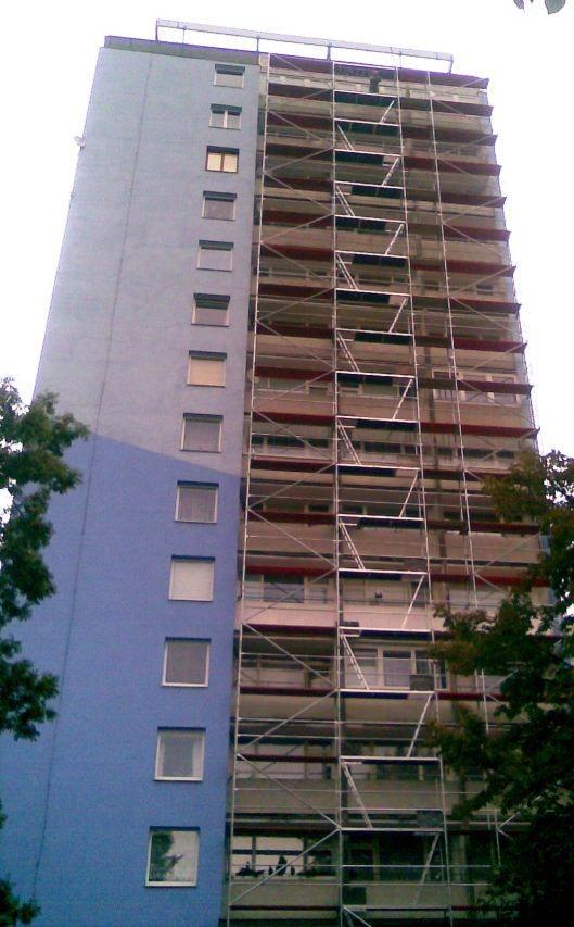 Na reabilitação de edifícios altos é fundamental implementar um conjunto de equipamentos de protecção e controlo para segurança dos trabalhadores e para garantir que as condições de trabalho são as requeridas para um resultado final excelente.