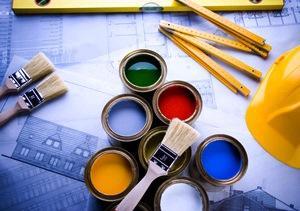 Ao nível de remodelações de interiores as mais comuns são ao nível de pavimentos interiores cerâmicos; pavimentos flutuantes; pavimentos em parquet; afagamentos e envernizamentos; recuperação de portas e janelas; substituição de portas e janelas ou reparação e instalação de estores.