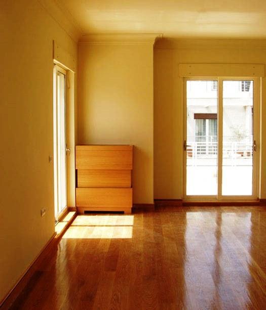 A remodelação ou renovação de espaços podem ser intervenções totais com redistribuição de áreas e modificação completa de acabamentos e equipamentos, dando aos espaços uma nova função.