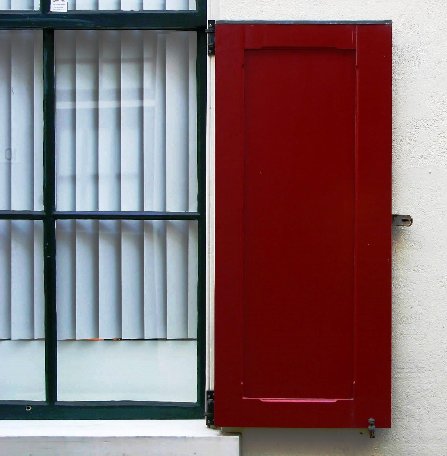 A remodelação de fachada é janelas permite melhorar não só o aspecto estético da sua fachada como também melhora a eficiência energética do imóvel.