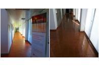 Remodelação de 4 Instalações Sanitárias, fornecimento e aplicação de pav. flutuante e envernizamento de pav. em tijoleira