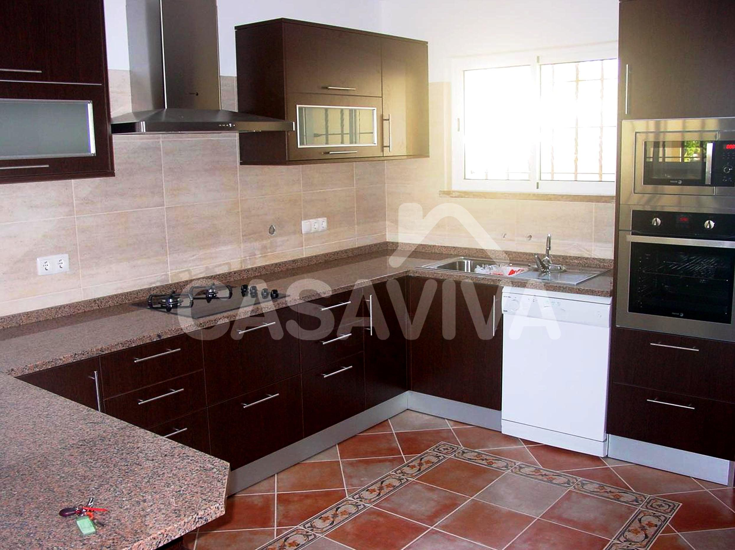 Remodelação de Cozinha Odivelas #876E44 2490 1866