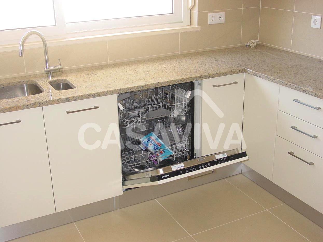 inferior de cozinha em melamina com máquina de lavar loiça embutida #40758B 1245 933