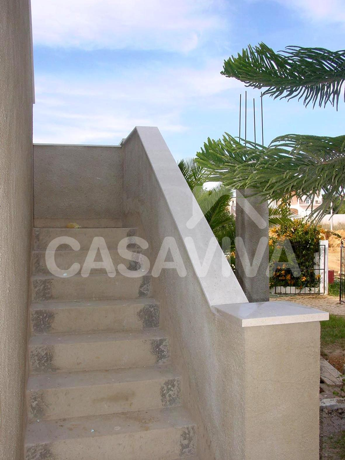 Portf lio escada exterior vista geral remodela o de - Fotos de escaleras exteriores de casas ...