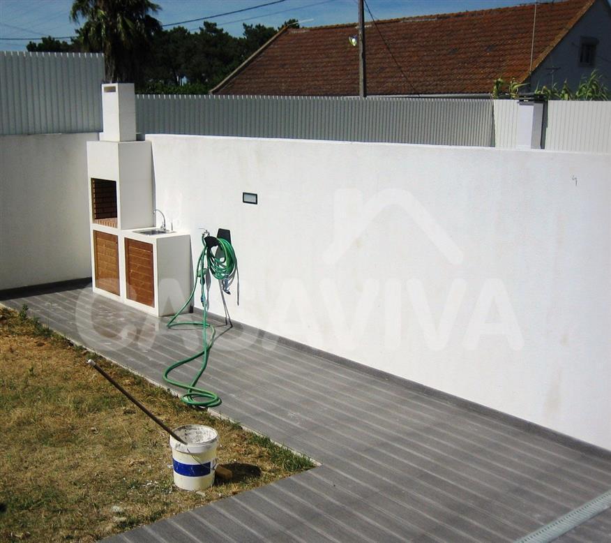 Pavimentos exteriores baratos ideas para transformar tu - Suelo jardin barato ...