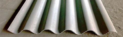 O amianto apresenta poder de isolamento térmico e excelente resistência mecânica.