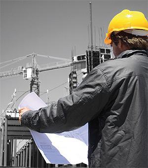 O Fiscal de Obra deve requerer, sempre que necessário, a assistência técnica ao Coordenador de Projecto com intervenção dos autores do projecto.