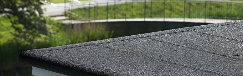 Nas coberturas em terraço a presença de uma camada de impermeabilização é muito importante para evitar problemas relacionados com infiltrações.