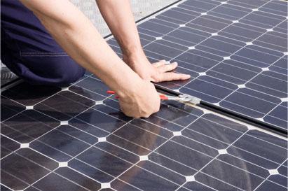 Estes sistemas são uma opção para aquelas pessoas que gostariam de economizar na sua conta de energia elétrica.
