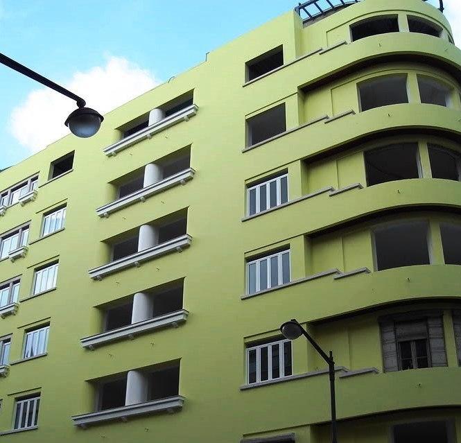 Caso pretenda proceder à pintura de fachadas ou a qualquer outro trabalho relacionado com a conservação de edifícios entre em contacto connosco.