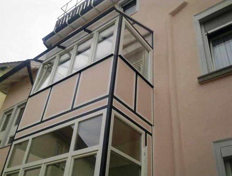 A escolha adequada do sistema a utilizar no revestimento de uma fachada é fundamental para a obtenção de um desempenho optimizado da solução.