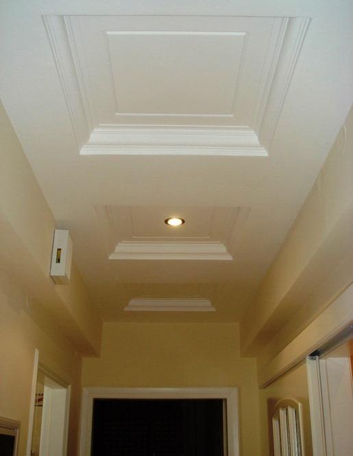 A remodelação ou renovação de espaços podem ir desde uma simples pintura até ao acrescento ou eliminação de paredes divisórias.