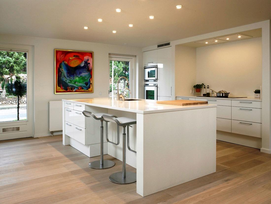 mobiliário da sua cozinha define bastante a organização  #6F3F22 1100 826