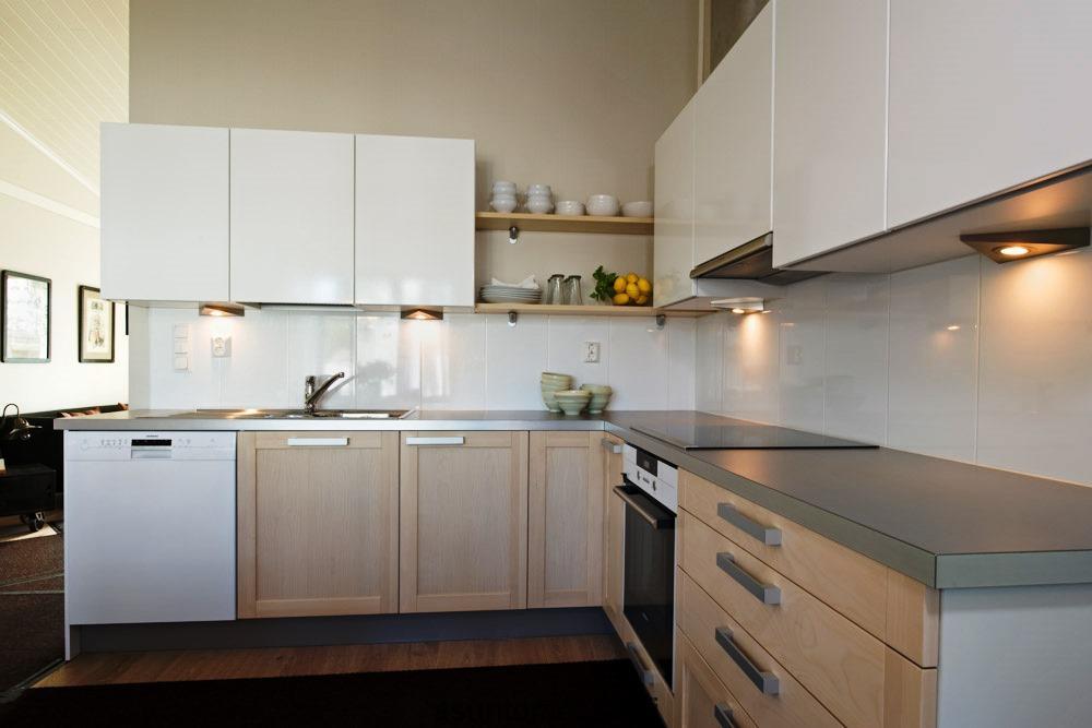 A elaboração de projectos 3D da cozinha ajuda a desenvolver o conceito pretendido para a sua cozinha.